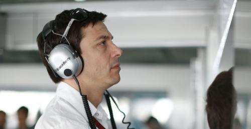 Szef Mercedesa w F1 bogatszy od czo